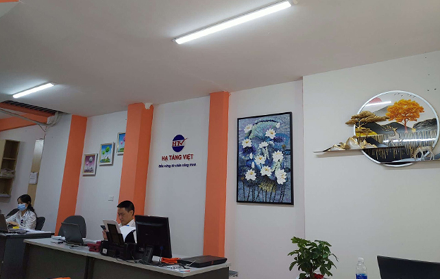 Công ty Hạ Tầng Việt